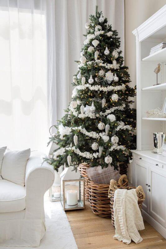 Decorați în spiritul Crăciunului noul apartament din Prima Residence 1